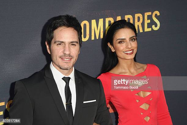 Actors Mauricio Ochmann and Aislinn Derbez attend the premiere of Pantelion Films' 'Compadres' held at ArcLight Hollywood on April 19 2016 in...
