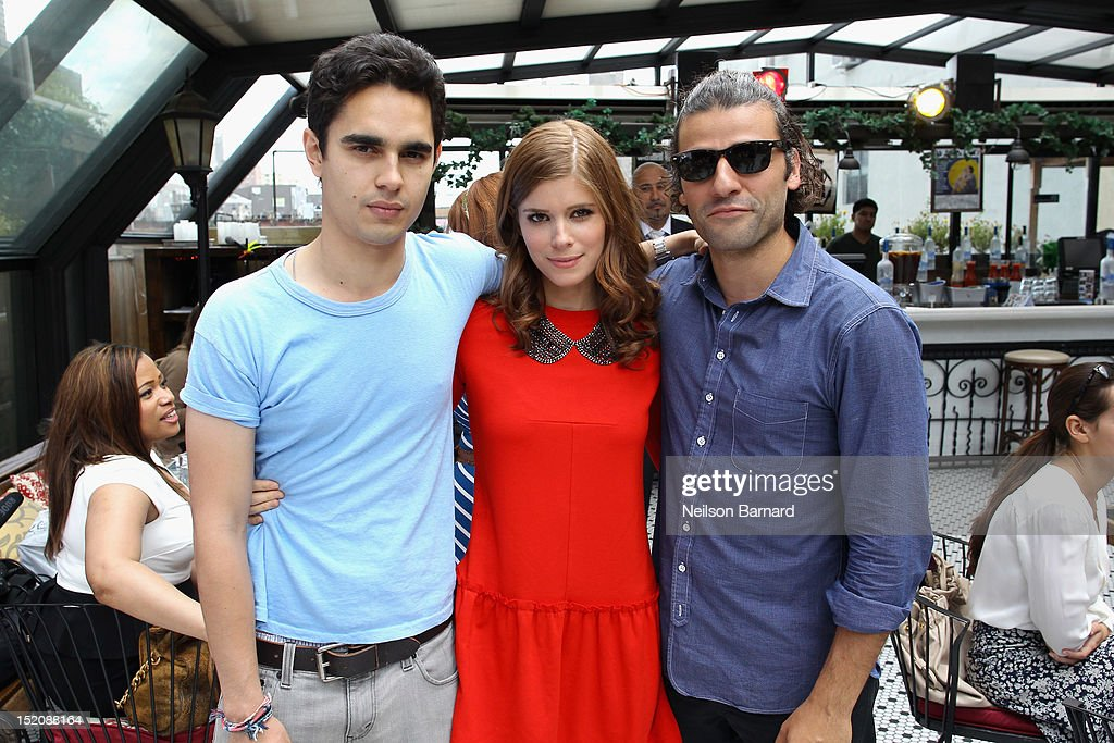 Actors <a gi-track='captionPersonalityLinkClicked' href=/galleries/search?phrase=Max+Minghella&family=editorial&specificpeople=777019 ng-click='$event.stopPropagation()'>Max Minghella</a>, <a gi-track='captionPersonalityLinkClicked' href=/galleries/search?phrase=Kate+Mara&family=editorial&specificpeople=544680 ng-click='$event.stopPropagation()'>Kate Mara</a> and <a gi-track='captionPersonalityLinkClicked' href=/galleries/search?phrase=Oscar+Isaac&family=editorial&specificpeople=2275888 ng-click='$event.stopPropagation()'>Oscar Isaac</a> attend '10 Years' brunch reunion event hosted by GREY GOOSE Vodka And Anchor Bay Films at Hotel Chantelle on September 16, 2012 in New York City.