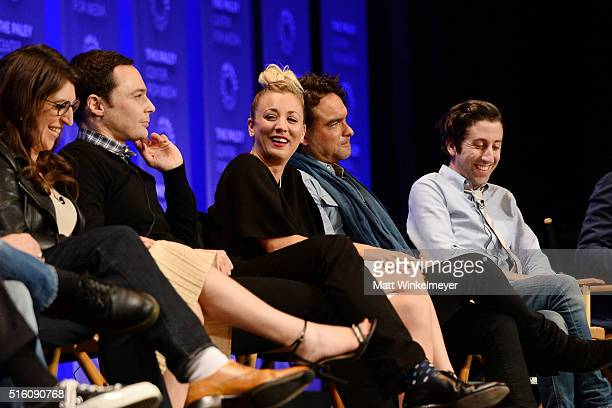 Actors Mayim Bialik Jim Parsons Kaley Cuoco Johnny Galecki and Simon Helberg attend The Paley Center For Media's 33rd Annual PALEYFEST Los Angeles...