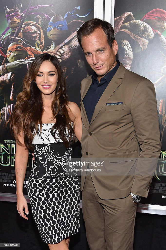 Actors Megan Fox (L) and Will Arnett attend the 'Teenage Mutant Ninja Turtles' New York premiere at AMC Lincoln Square Theater on August 6, 2014 in New York City.