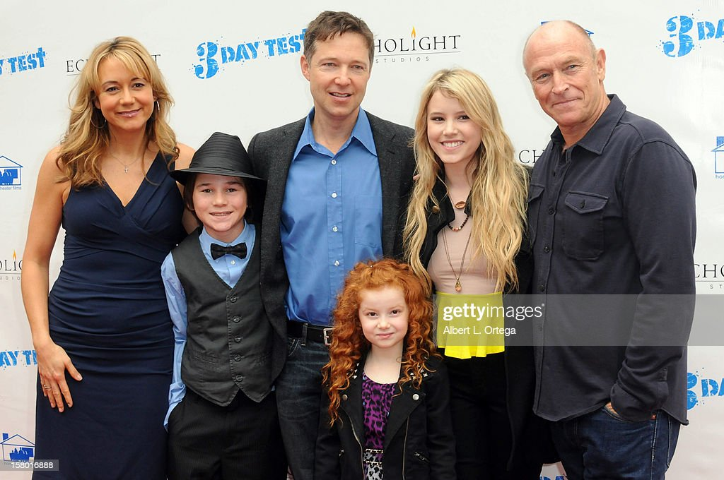 Actors <a gi-track='captionPersonalityLinkClicked' href=/galleries/search?phrase=Megyn+Price&family=editorial&specificpeople=752680 ng-click='$event.stopPropagation()'>Megyn Price</a>, Aidan Potter, George Newbern, Francesca Capaldi, <a gi-track='captionPersonalityLinkClicked' href=/galleries/search?phrase=Taylor+Spreitler&family=editorial&specificpeople=5784396 ng-click='$event.stopPropagation()'>Taylor Spreitler</a> and <a gi-track='captionPersonalityLinkClicked' href=/galleries/search?phrase=Corbin+Bernsen&family=editorial&specificpeople=211428 ng-click='$event.stopPropagation()'>Corbin Bernsen</a> arrive at the screening of '3 Day Test' held at Downtown Independent Theater on December 8, 2012 in Los Angeles, California.