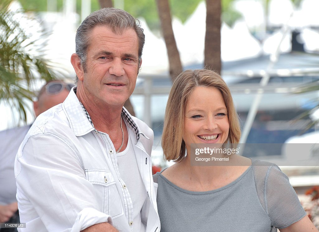 Actors Mel Gibson and <a gi-track='captionPersonalityLinkClicked' href=/galleries/search?phrase=Jodie+Foster&family=editorial&specificpeople=204488 ng-click='$event.stopPropagation()'>Jodie Foster</a> attend 'The Beaver' Photocall at the Palais des Festivals during the 64th Cannes Film Festival on May 18, 2011 in Cannes, France.