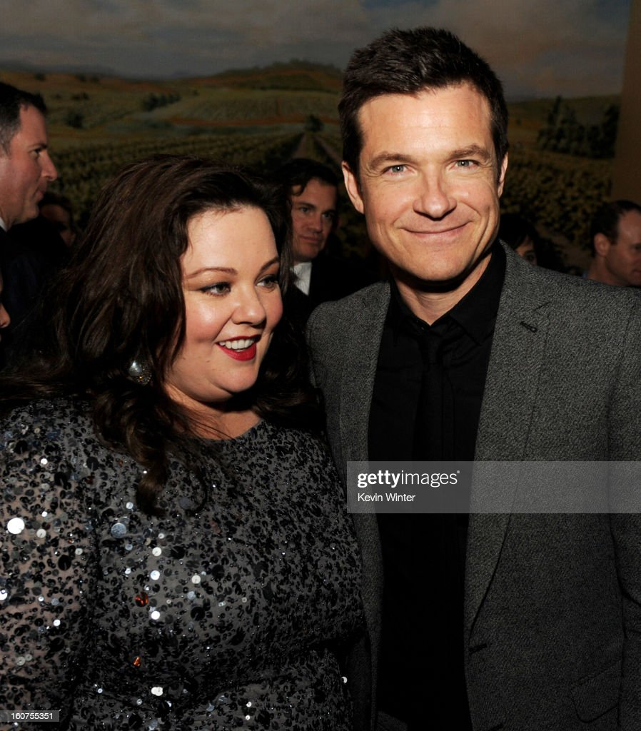 Actors Melissa McCarthy (L) and <a gi-track='captionPersonalityLinkClicked' href=/galleries/search?phrase=Jason+Bateman&family=editorial&specificpeople=204774 ng-click='$event.stopPropagation()'>Jason Bateman</a> pose at the after party for the premiere of Universal Pictures' 'Identity Thief' at Napa Valley Grille on February 4, 2013 in Los Angeles, California.