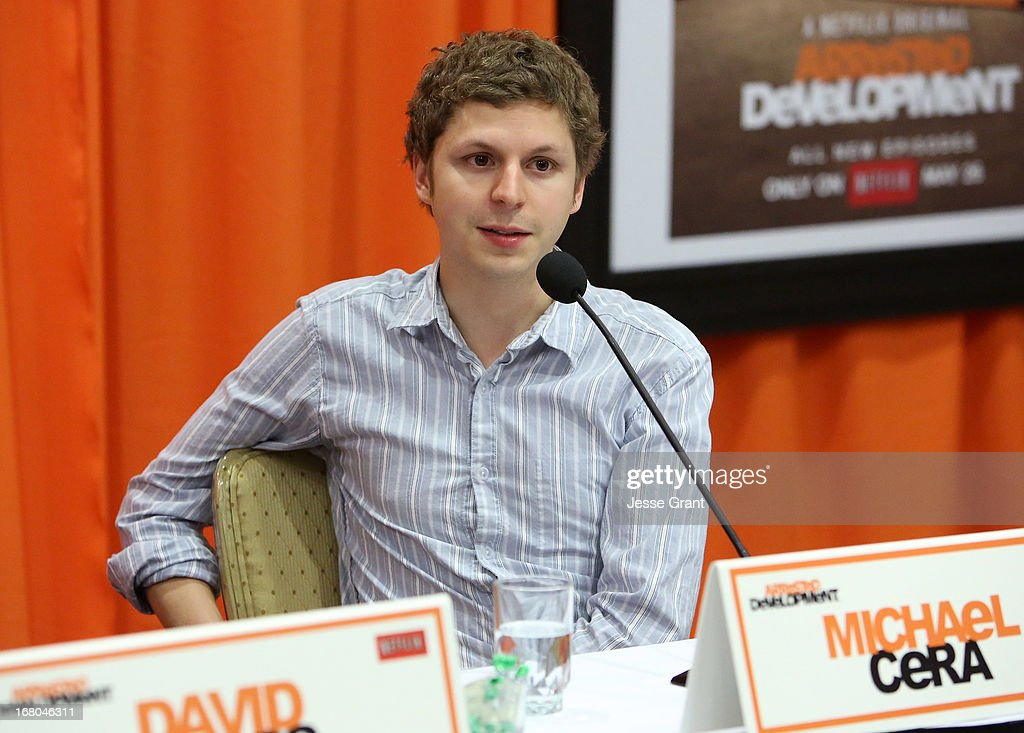 Actors <a gi-track='captionPersonalityLinkClicked' href=/galleries/search?phrase=Michael+Cera&family=editorial&specificpeople=226654 ng-click='$event.stopPropagation()'>Michael Cera</a> attends The Netflix Original Series 'Arrested Development' Press Conference at Sheraton Universal on May 4, 2013 in Universal City, California.