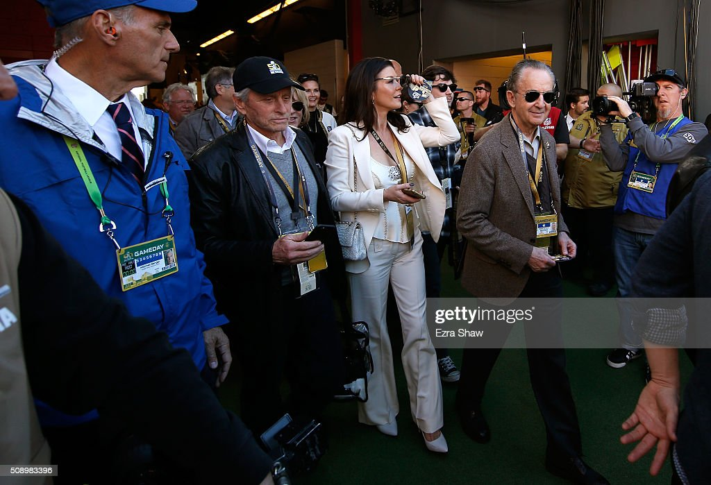 Actors <a gi-track='captionPersonalityLinkClicked' href=/galleries/search?phrase=Michael+Douglas&family=editorial&specificpeople=171111 ng-click='$event.stopPropagation()'>Michael Douglas</a> and <a gi-track='captionPersonalityLinkClicked' href=/galleries/search?phrase=Catherine+Zeta+Jones&family=editorial&specificpeople=167111 ng-click='$event.stopPropagation()'>Catherine Zeta Jones</a> look on during Super Bowl 50 between the Denver Broncos and the Carolina Panthers at Levi's Stadium on February 7, 2016 in Santa Clara, California.