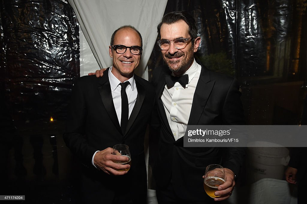 Actors Michael Kelly and Ty Burrell attend the Bloomberg Vanity Fair cocktail reception following the 2015 WHCA Dinner at the residence of the French...
