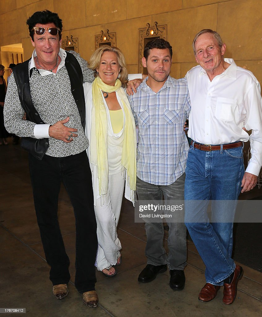 Actors <a gi-track='captionPersonalityLinkClicked' href=/galleries/search?phrase=Michael+Madsen&family=editorial&specificpeople=171692 ng-click='$event.stopPropagation()'>Michael Madsen</a>, <a gi-track='captionPersonalityLinkClicked' href=/galleries/search?phrase=Jayne+Atkinson&family=editorial&specificpeople=2346441 ng-click='$event.stopPropagation()'>Jayne Atkinson</a> and Jason James Richter and director Simon Wincer attend the 'Free Willy' 20th Anniversary Celebration at the Egyptian Theatre on August 17, 2013 in Hollywood, California.