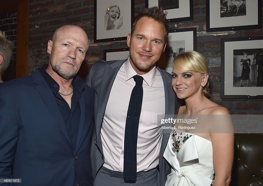 """Actors <a gi-track='captionPersonalityLinkClicked' href=/galleries/search?phrase=Michael+Rooker&family=editorial&specificpeople=640228 ng-click='$event.stopPropagation()'>Michael Rooker</a>, <a gi-track='captionPersonalityLinkClicked' href=/galleries/search?phrase=Chris+Pratt+-+Actor&family=editorial&specificpeople=239084 ng-click='$event.stopPropagation()'>Chris Pratt</a> and <a gi-track='captionPersonalityLinkClicked' href=/galleries/search?phrase=Anna+Faris&family=editorial&specificpeople=213899 ng-click='$event.stopPropagation()'>Anna Faris</a> attend the after party for The World Premiere of Marvel's epic space adventure """"Guardians of the Galaxy,"""" directed by James Gunn and presented in Dolby 3D and Dolby Atmos at the Dolby Theatre. July 21, 2014 Hollywood, CA"""