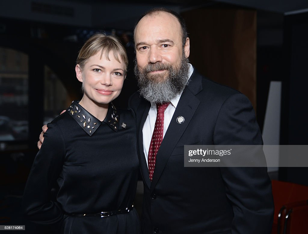Actors <a gi-track='captionPersonalityLinkClicked' href=/galleries/search?phrase=Michelle+Williams+-+Actress&family=editorial&specificpeople=201698 ng-click='$event.stopPropagation()'>Michelle Williams</a> (L) and Danny Burnstein attend the 2016 Tony Awards Meet The Nominees Press Reception on May 4, 2016 in New York City.