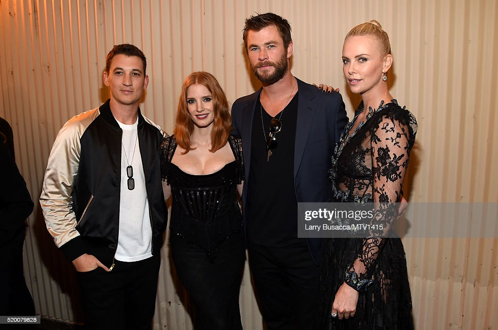 actors-miles-teller-jessica-chastain-chris-hemsworth-and-charlize-picture-id520079828