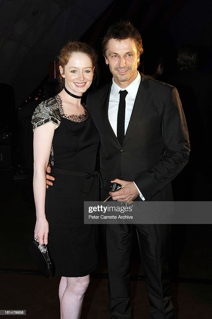 Actors Miranda Otto and Peter O'Brien arrive for the third annual Gourmet Traveller Travel Awards at the Sydney Opera House on May 27, 2009 in Sydney, Australia.