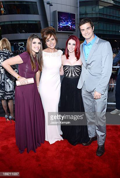 Actors Molly Tarlov Nikki DeLoach Jillian Rose Reed Beau Mirchoff attend the 39th Annual People's Choice Awards at Nokia Theatre LA Live on January 9...