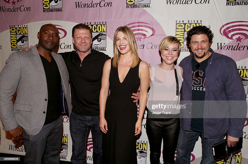 Actors Morris Chestnut Sean Bean Ali Larter Tina Majorino and show runner David Wilcox attend the 'Legends' 2014 TNT Wondercon Panel at the Anaheim...