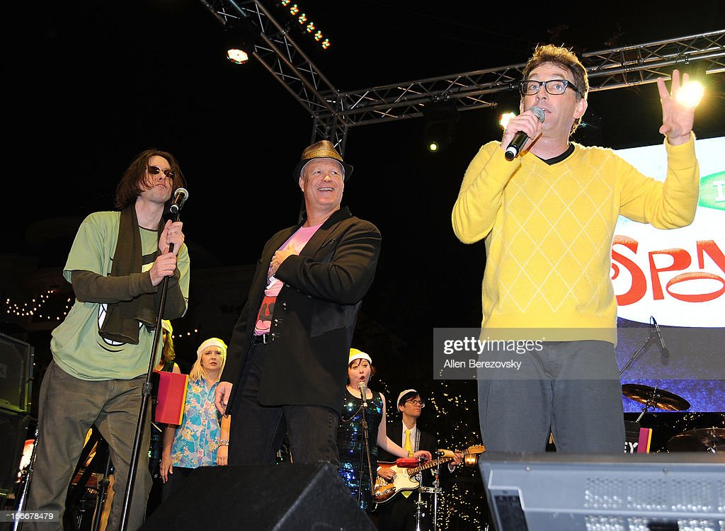 Actors Mr. Lawrence, Carolyn Lawrence, Bill Fagerbakke and Tom Kenny perform during 'Spongebob Holiday Extravapants' very special live concert performance hosted by Nickelodeon at The Grove on November 18, 2012 in Los Angeles, California.