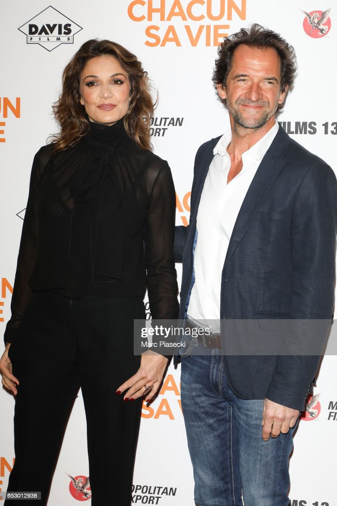 Actors Nadia Fares and Stephane de Groodt attend the 'Chacun sa vie' Premiere at Cinema UGC Normandie on March 13, 2017 in Paris, France.
