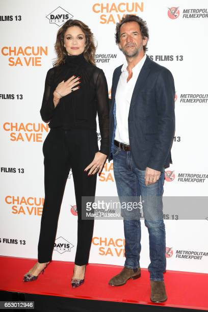 Actors Nadia Fares and Stephane de Groodt attend the 'Chacun sa vie' Premiere at Cinema UGC Normandie on March 13 2017 in Paris France