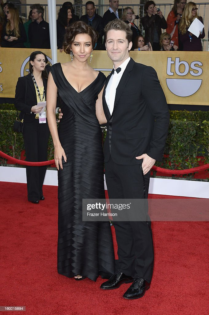 Actors Naya Rivera (L) and Matthew Morrison arrive at the 19th Annual Screen Actors Guild Awards held at The Shrine Auditorium on January 27, 2013 in Los Angeles, California.