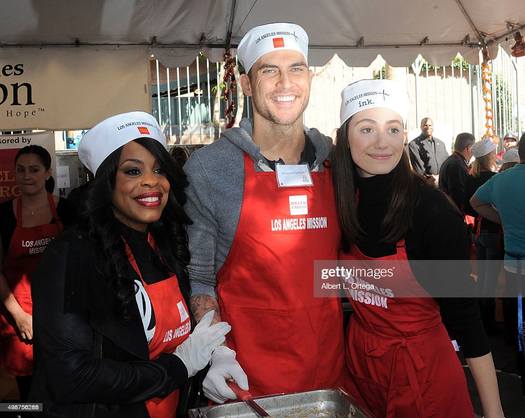 Actors Niecy Nash Cheyenne Jackson and Emmy Rossum at the Los Angeles Mission Thanksgiving For The Homeless held at Los Angeles Mission on November...