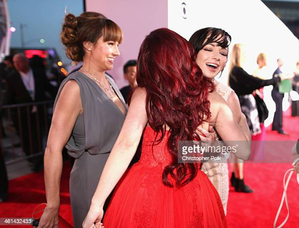 Actors Nikki DeLoach Jillian Rose Reed and Ashley Rickards attend The 40th Annual People's Choice Awards at Nokia Theatre LA Live on January 8 2014...