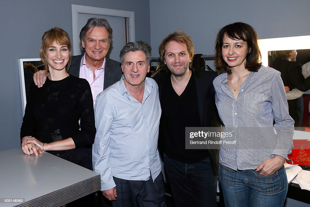 Actors of the piece <a gi-track='captionPersonalityLinkClicked' href=/galleries/search?phrase=Pauline+Lefevre&family=editorial&specificpeople=5853150 ng-click='$event.stopPropagation()'>Pauline Lefevre</a>, Francois-Eric Gendron, <a gi-track='captionPersonalityLinkClicked' href=/galleries/search?phrase=Daniel+Auteuil&family=editorial&specificpeople=239190 ng-click='$event.stopPropagation()'>Daniel Auteuil</a>, Autor of the piece Florian Zeller and Actress of the piece <a gi-track='captionPersonalityLinkClicked' href=/galleries/search?phrase=Valerie+Bonneton&family=editorial&specificpeople=5298117 ng-click='$event.stopPropagation()'>Valerie Bonneton</a> pose after the 'L'Envers du Decor' Theater Play at 'Theatre de Paris' in Paris on January 14, 2016 in Paris, France.