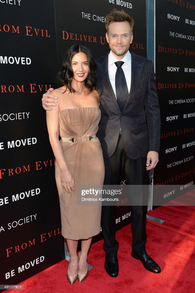 Actors <a gi-track='captionPersonalityLinkClicked' href=/galleries/search?phrase=Olivia+Munn&family=editorial&specificpeople=598969 ng-click='$event.stopPropagation()'>Olivia Munn</a> (L) and <a gi-track='captionPersonalityLinkClicked' href=/galleries/search?phrase=Joel+McHale&family=editorial&specificpeople=754384 ng-click='$event.stopPropagation()'>Joel McHale</a> attend the 'Deliver Us From Evil' screening hosted by Screen Gems & Jerry Bruckheimer Films with The Cinema Society at SVA Theater on June 24, 2014 in New York City.