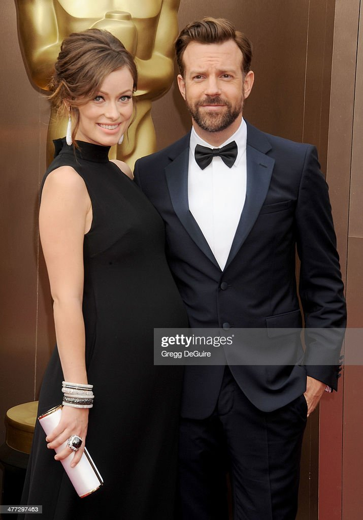 Actors <a gi-track='captionPersonalityLinkClicked' href=/galleries/search?phrase=Olivia+Wilde&family=editorial&specificpeople=235399 ng-click='$event.stopPropagation()'>Olivia Wilde</a> and <a gi-track='captionPersonalityLinkClicked' href=/galleries/search?phrase=Jason+Sudeikis&family=editorial&specificpeople=4232997 ng-click='$event.stopPropagation()'>Jason Sudeikis</a> arrive at the 86th Annual Academy Awards at Hollywood & Highland Center on March 2, 2014 in Hollywood, California.
