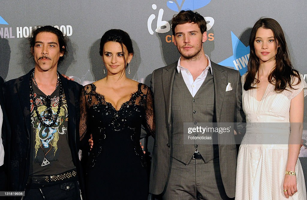 Actors Oscar Jaenada, Penelope Cruz, Sam Claflin and Astrid Berges-Frisbey attend 'Pirates Of The Caribbean: On Stranger Tides' premiere at Kinepolis Cinema on May 18, 2011 in Madrid, Spain.