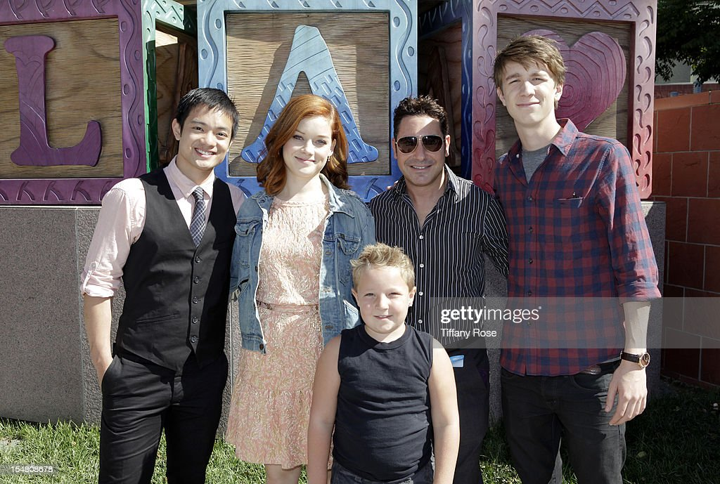 Actors Osric Chau Jane Levy and Jackson Nicoll president and CEO of Give Back Hollywood Todd Michael Krim and actor Thomas Mann attend 'Fun Size'...