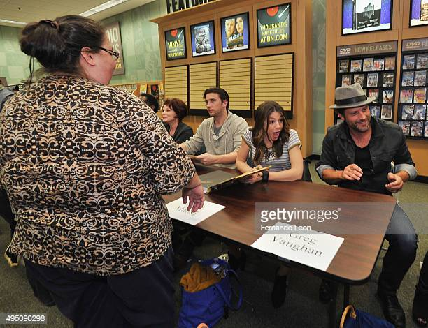 Actors Patsy Pease Billy Flynn Kate Mansi and Greg Vaughan greet their fans during the Days Of Our Lives book signing at the Oak Park Mall Barnes And...