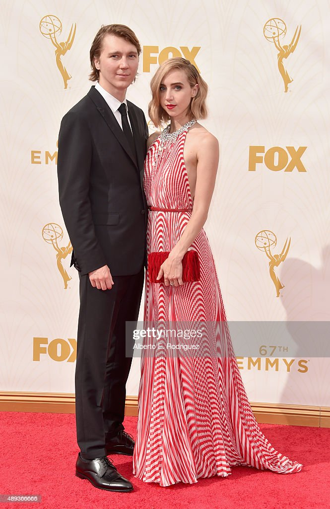 Actors Paul Dano and Zoe Kazan attend the 67th Emmy Awards at Microsoft Theater on September 20 2015 in Los Angeles California 25720_001