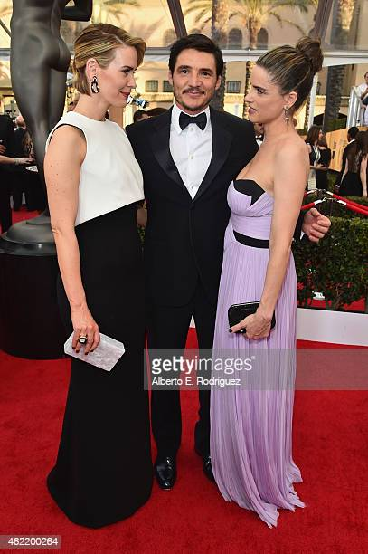 Actors Pedro Pascal Sarah Paulson and Amanda Peet attend the 21st Annual Screen Actors Guild Awards at The Shrine Auditorium on January 25 2015 in...