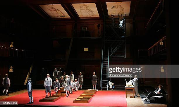 Actors perform on stage during the rehearsal of the opera 'Meistersinger' of German composer Richard Wagner on July 17 2007 in Bayreuth Germany The...