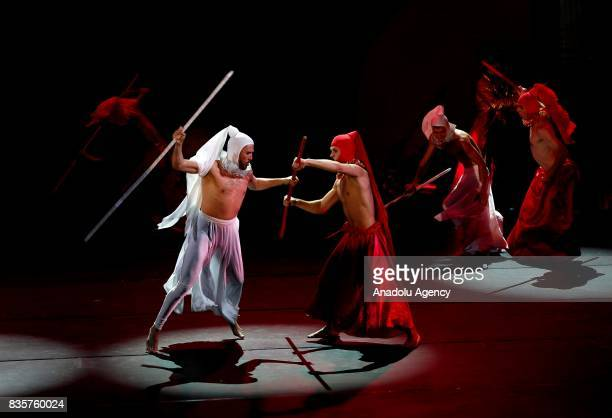 Actors perform on the stage during Lewis Carrol's 'Alice in wonderland' performance of Ukraine's Elysium Circus Theatre within 86th Izmir...