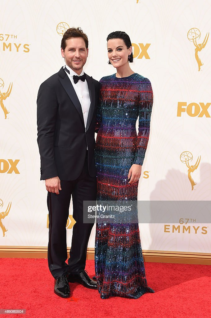 Actors Peter Facinelli and Jamie Alexander attend the 67th Annual Primetime Emmy Awards at Microsoft Theater on September 20 2015 in Los Angeles...