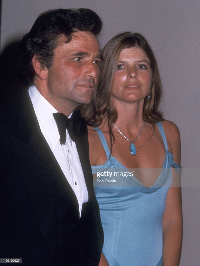 Actors <a gi-track='captionPersonalityLinkClicked' href=/galleries/search?phrase=Peter+Falk&family=editorial&specificpeople=211214 ng-click='$event.stopPropagation()'>Peter Falk</a> and Katherine Ross attend 47th Annual Academy Awards on April 8, 1975 at the Dorothy Chandler Pavilion in Los Angeles, California.
