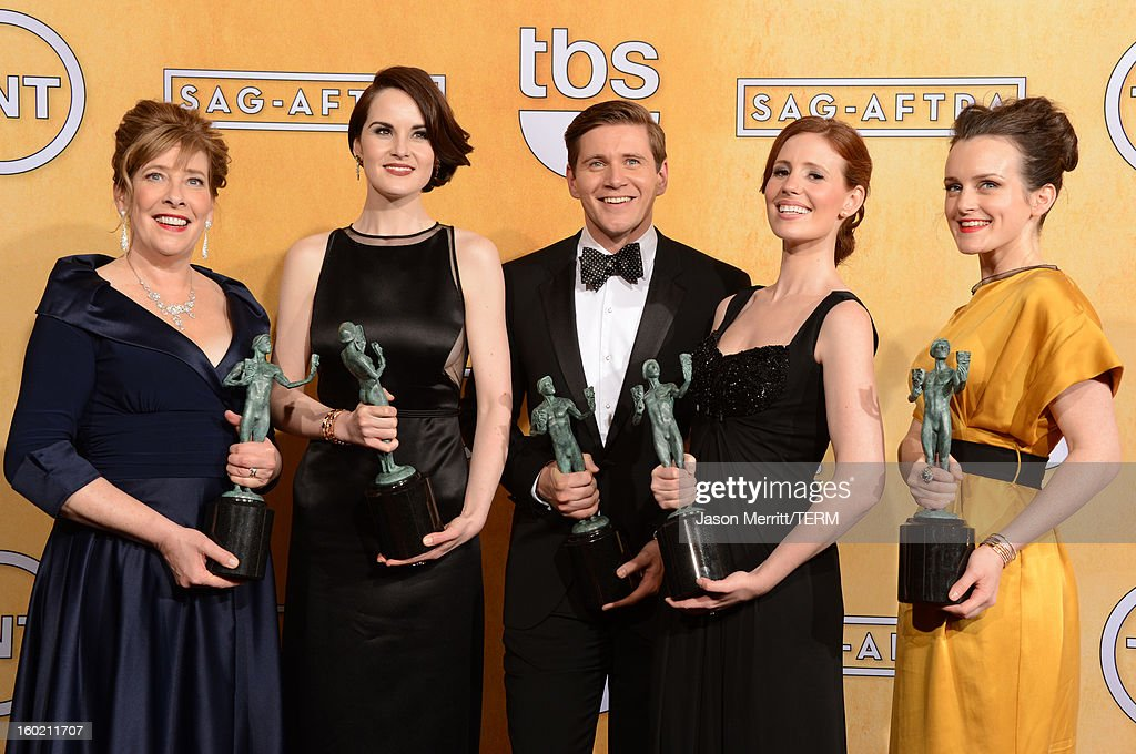 Actors Phyllis Logan, <a gi-track='captionPersonalityLinkClicked' href=/galleries/search?phrase=Michelle+Dockery&family=editorial&specificpeople=4047702 ng-click='$event.stopPropagation()'>Michelle Dockery</a>, <a gi-track='captionPersonalityLinkClicked' href=/galleries/search?phrase=Allen+Leech&family=editorial&specificpeople=2167022 ng-click='$event.stopPropagation()'>Allen Leech</a>, <a gi-track='captionPersonalityLinkClicked' href=/galleries/search?phrase=Amy+Nuttall&family=editorial&specificpeople=211471 ng-click='$event.stopPropagation()'>Amy Nuttall</a> and <a gi-track='captionPersonalityLinkClicked' href=/galleries/search?phrase=Sophie+McShera&family=editorial&specificpeople=7829938 ng-click='$event.stopPropagation()'>Sophie McShera</a> attend the 19th Annual Screen Actors Guild Awards at The Shrine Auditorium on January 27, 2013 in Los Angeles, California. (Photo by Jason Merritt/WireImage) 23116_014_3306.jpg