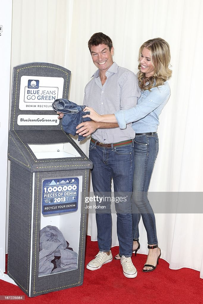 Actors Rebecca Romijn and Jerry O'Connell attend Blue Jeans go green celebrates 1 Million pieces of denim collected for recycling hosted by Miles Teller at SkyBar at the Mondrian Los Angeles on November 6, 2013 in West Hollywood, California.