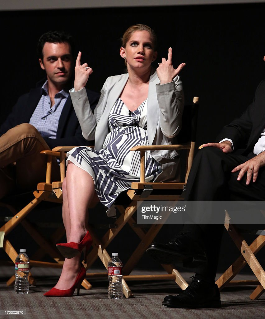 Actors Reid Scott and <a gi-track='captionPersonalityLinkClicked' href=/galleries/search?phrase=Anna+Chlumsky&family=editorial&specificpeople=1133442 ng-click='$event.stopPropagation()'>Anna Chlumsky</a> attend HBO's 'VEEP' screening and panel at the Leonard H. Goldenson Theatre at the Academy of Television Arts & Sciences on June 5, 2013 in North Hollywood, California.