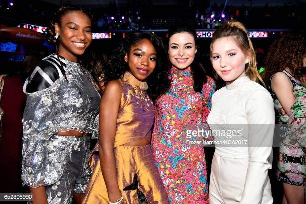 Actors Reiya Downs Riele Downs Miranda Cosgrove and Ella Anderson at Nickelodeon's 2017 Kids' Choice Awards at USC Galen Center on March 11 2017 in...