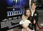 Actors Rhiannon Leigh Wryn and Chris O'Neil attend the West Coast premiere of the New Line Cinema film 'The Last Mimzy' on March 20 2007 in Los...
