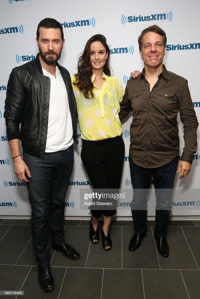 Actors Richard Armitage, <a gi-track='captionPersonalityLinkClicked' href=/galleries/search?phrase=Sarah+Wayne+Callies&family=editorial&specificpeople=607272 ng-click='$event.stopPropagation()'>Sarah Wayne Callies</a> and director Steven Quale visit the SiriusXM Studios on August 4, 2014 in New York City.