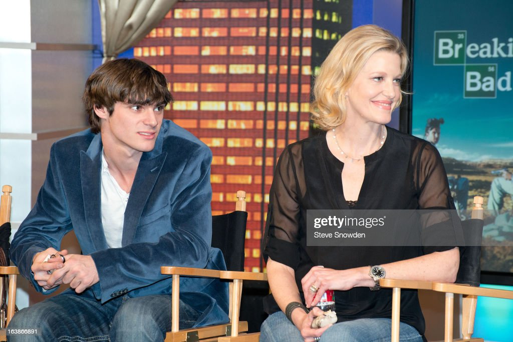 Actors <a gi-track='captionPersonalityLinkClicked' href=/galleries/search?phrase=RJ+Mitte&family=editorial&specificpeople=4542119 ng-click='$event.stopPropagation()'>RJ Mitte</a> and <a gi-track='captionPersonalityLinkClicked' href=/galleries/search?phrase=Anna+Gunn&family=editorial&specificpeople=589359 ng-click='$event.stopPropagation()'>Anna Gunn</a> listen to the speakers during a tribute by ABQ Studios and Youth Development Inc. honoring the cast of 'Breaking Bad' at Albuquerque Studios on MARCH 16, 2013 in Albuquerque, New Mexico.