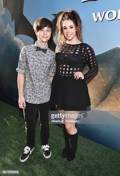 Actors Robbie Tucker and Jillian Rose Reed arrive at the world premiere of Disney's 'PETE'S DRAGON' at the El Capitan Theater in Hollywood on August...