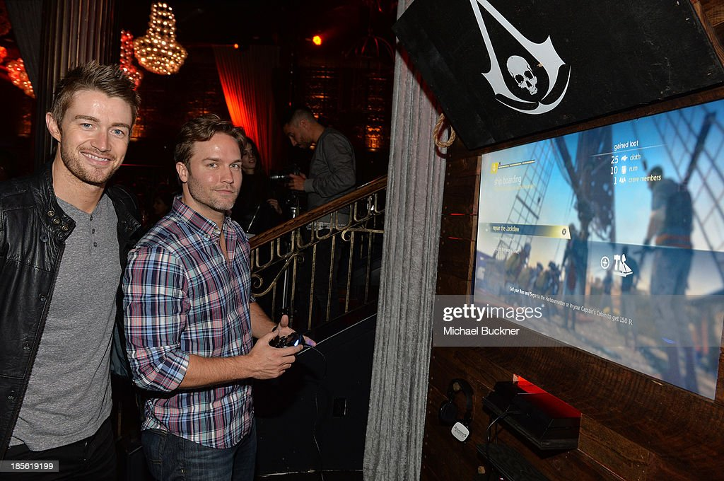 Actors <a gi-track='captionPersonalityLinkClicked' href=/galleries/search?phrase=Robert+Buckley&family=editorial&specificpeople=981297 ng-click='$event.stopPropagation()'>Robert Buckley</a> and Scott Porter attend the Assasin's Creed IV Black Flag Launch Party at Greystone Manor Supperclub on October 22, 2013 in West Hollywood, California.