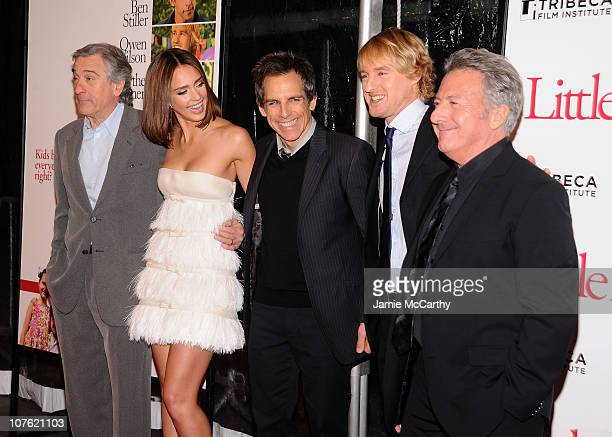 Actors Robert De Niro Jessica Alba Ben Stiller Owen Wilson and Dustin Hoffman attend the world premiere of 'Little Fockers' at Ziegfeld Theatre on...