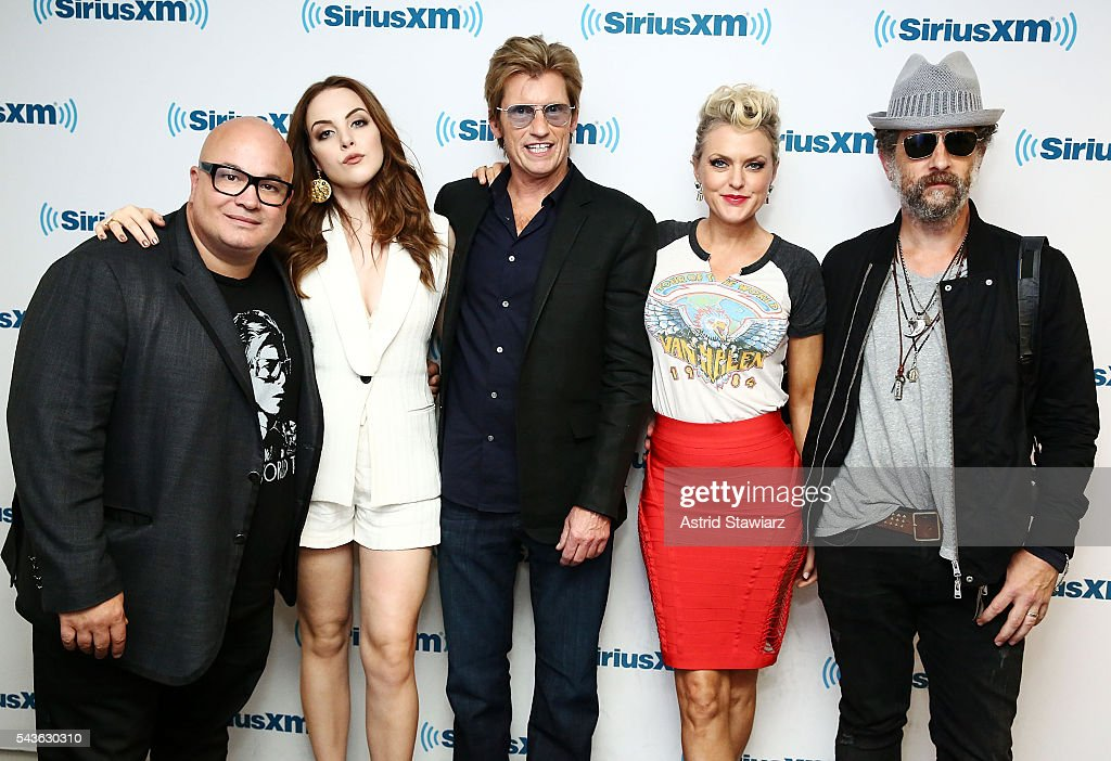 Actors Robert Kelly, <a gi-track='captionPersonalityLinkClicked' href=/galleries/search?phrase=Elizabeth+Gillies&family=editorial&specificpeople=6839338 ng-click='$event.stopPropagation()'>Elizabeth Gillies</a>, <a gi-track='captionPersonalityLinkClicked' href=/galleries/search?phrase=Denis+Leary&family=editorial&specificpeople=204773 ng-click='$event.stopPropagation()'>Denis Leary</a>, <a gi-track='captionPersonalityLinkClicked' href=/galleries/search?phrase=Elaine+Hendrix&family=editorial&specificpeople=584608 ng-click='$event.stopPropagation()'>Elaine Hendrix</a> and <a gi-track='captionPersonalityLinkClicked' href=/galleries/search?phrase=John+Ales&family=editorial&specificpeople=15007674 ng-click='$event.stopPropagation()'>John Ales</a> attend SiriusXM's 'Town Hall' With The Cast Of Sex&Drugs&Rock&Roll on June 29, 2016 in New York City.