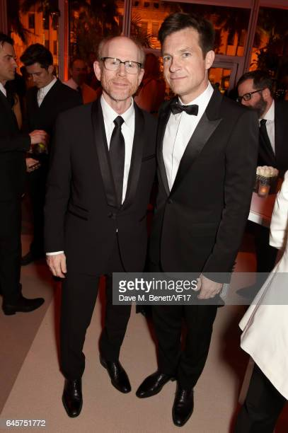 Actors Ron Howard and Jason Bateman attend the 2017 Vanity Fair Oscar Party hosted by Graydon Carter at Wallis Annenberg Center for the Performing...