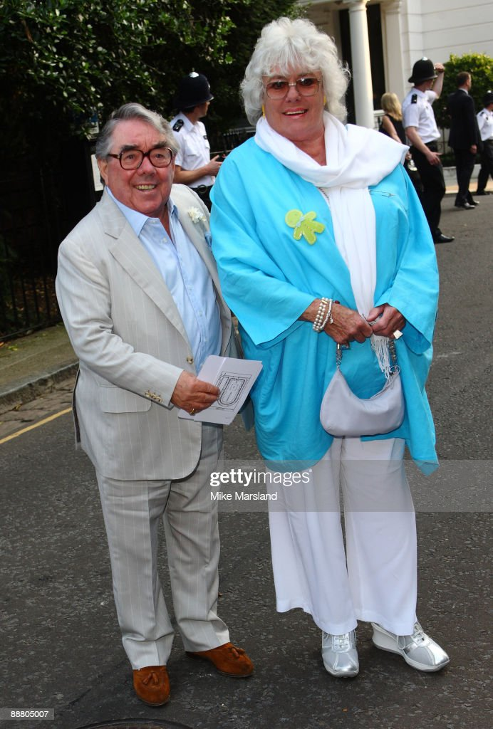 Actors Ronnie Corbett and Anne Hart arrive at Sir David Frost's Summer Party on July 2 2009 in London England