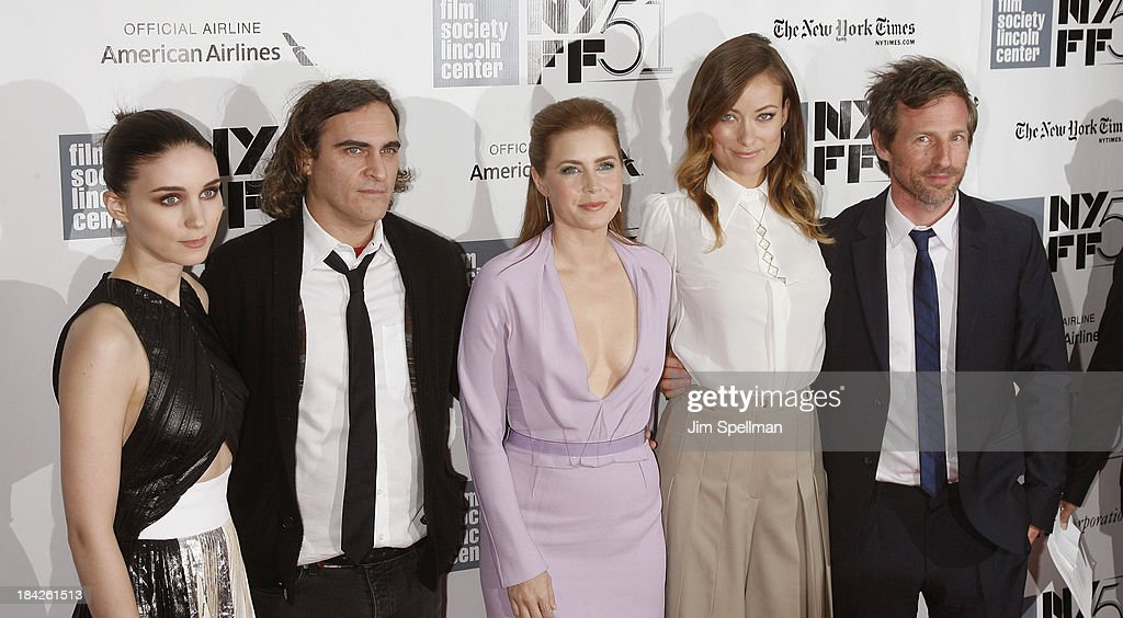Actors <a gi-track='captionPersonalityLinkClicked' href=/galleries/search?phrase=Rooney+Mara&family=editorial&specificpeople=5669181 ng-click='$event.stopPropagation()'>Rooney Mara</a>, <a gi-track='captionPersonalityLinkClicked' href=/galleries/search?phrase=Joaquin+Phoenix&family=editorial&specificpeople=215391 ng-click='$event.stopPropagation()'>Joaquin Phoenix</a>, <a gi-track='captionPersonalityLinkClicked' href=/galleries/search?phrase=Amy+Adams&family=editorial&specificpeople=213938 ng-click='$event.stopPropagation()'>Amy Adams</a>, <a gi-track='captionPersonalityLinkClicked' href=/galleries/search?phrase=Olivia+Wilde&family=editorial&specificpeople=235399 ng-click='$event.stopPropagation()'>Olivia Wilde</a> and director <a gi-track='captionPersonalityLinkClicked' href=/galleries/search?phrase=Spike+Jonze&family=editorial&specificpeople=2619298 ng-click='$event.stopPropagation()'>Spike Jonze</a> attend the Closing Night Gala Presentation Of 'Her' during the 51st New York Film Festival at Alice Tully Hall at Lincoln Center on October 12, 2013 in New York City.