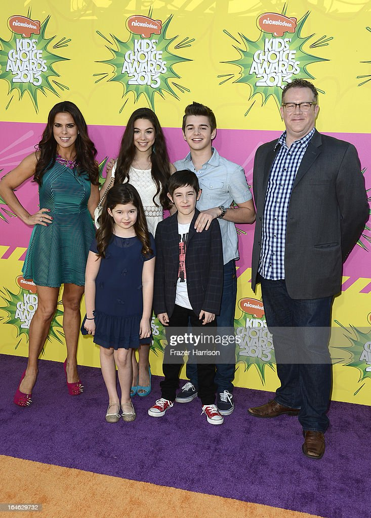 Actors Rosa Blasi, Addison Riecke, Kira Kosarin, Jack Griffo, Diego Velazquez and Chris Tallman arrive at Nickelodeon's 26th Annual Kids' Choice Awards at USC Galen Center on March 23, 2013 in Los Angeles, California.